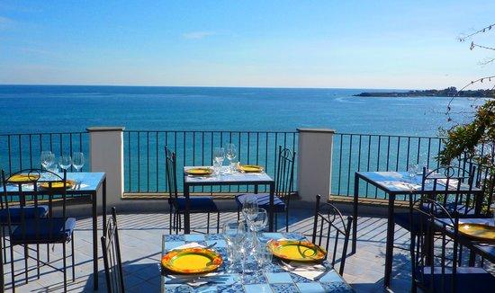 giardini naxos ristoranti sul mare
